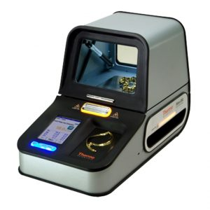 The Niton DXL Precious metal analyzer with its lid closed